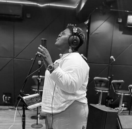 Download Judikay new song – I Bow mp3, and lyrics