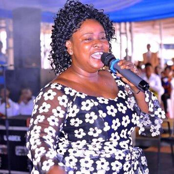 Mama Esther song Honhom KronKron san bra mp3 download